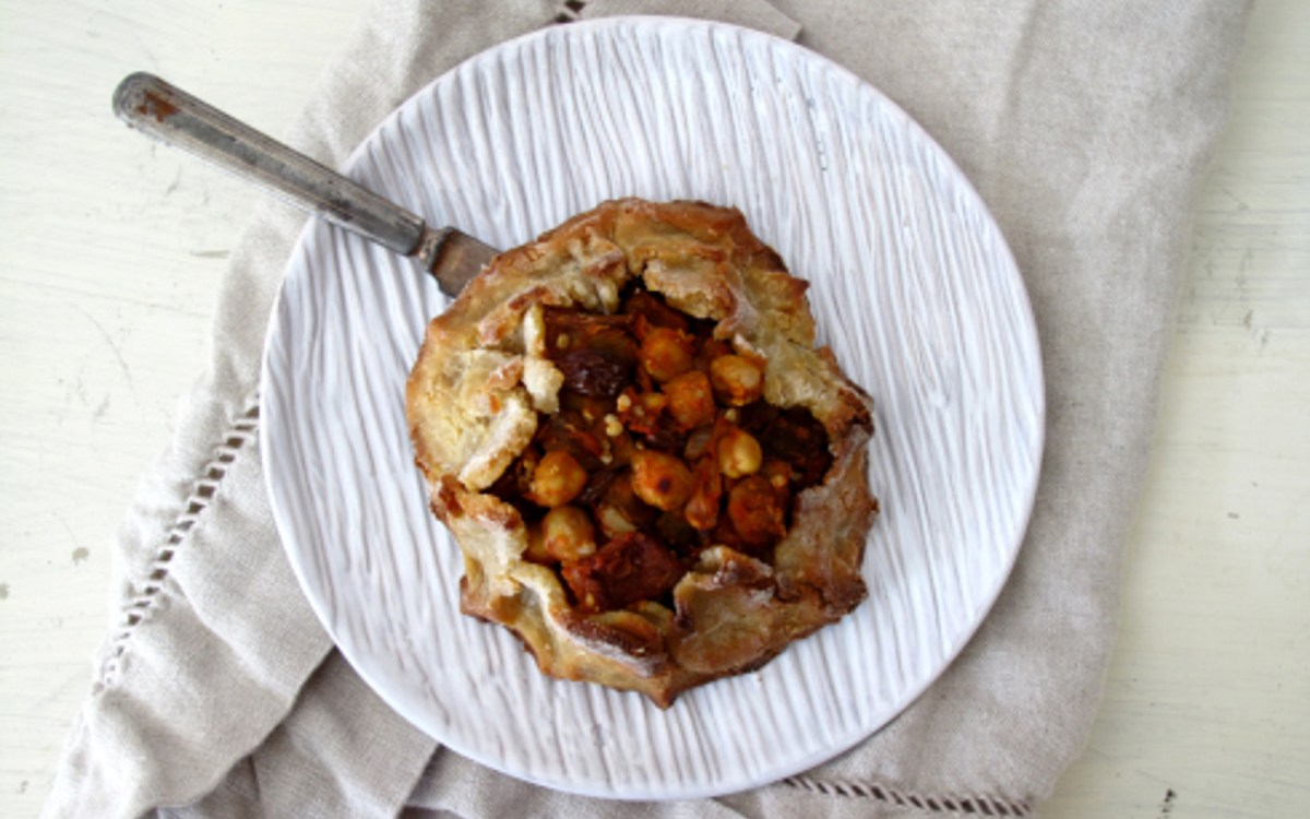 vegan moroccan eggplant mini galettes with chickpea and harissa