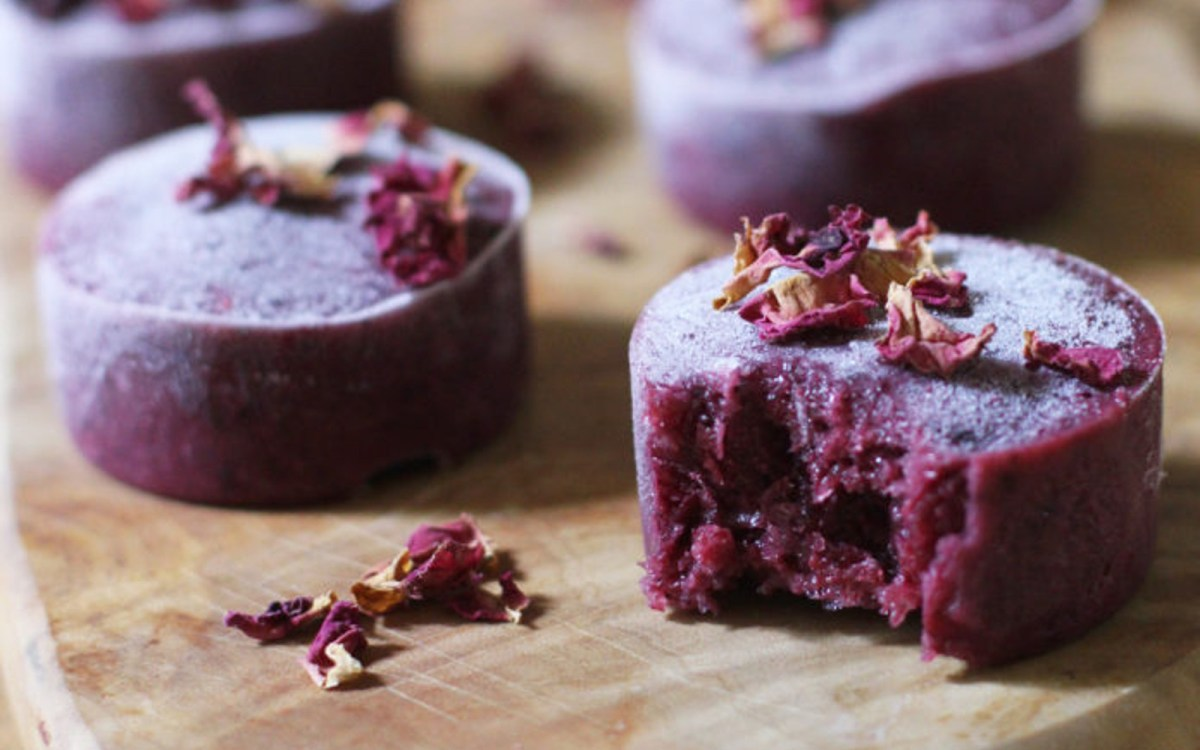 Vegan Coconut Berry Smoothie Blocks