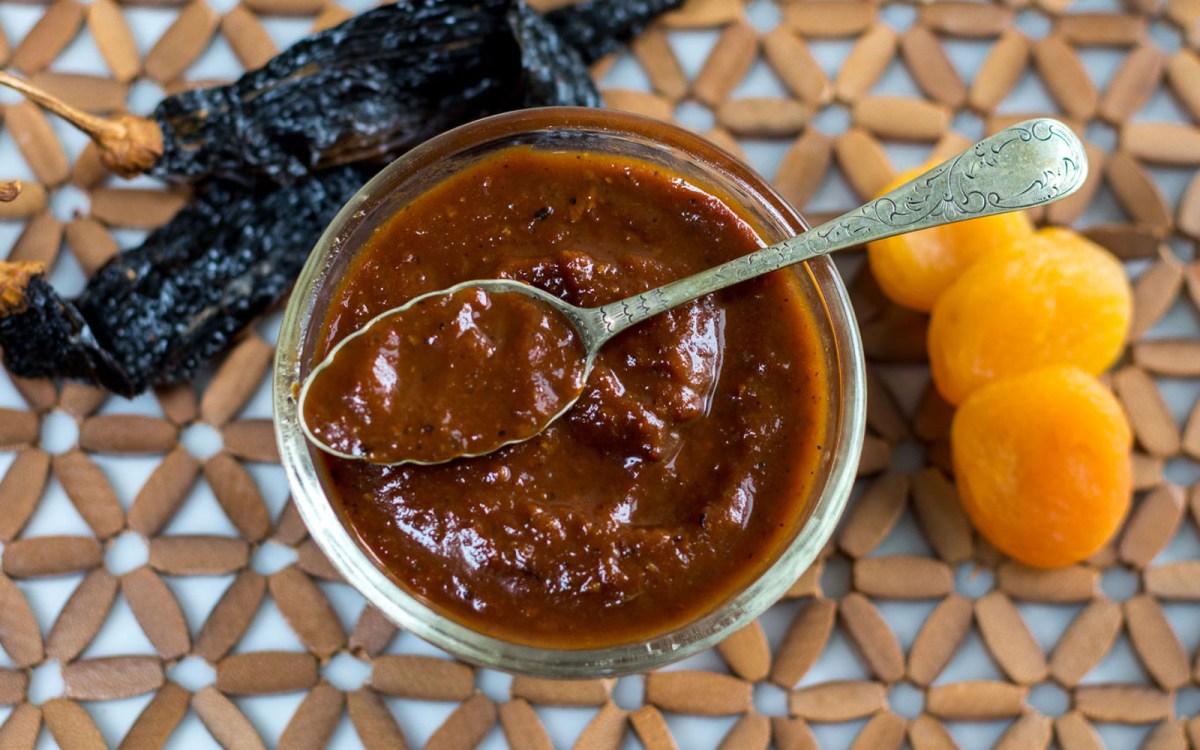 vegan smoky tomato apricot sauce