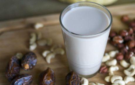 Make Your Own Dairy Free Greek Yogurt At Home One Green