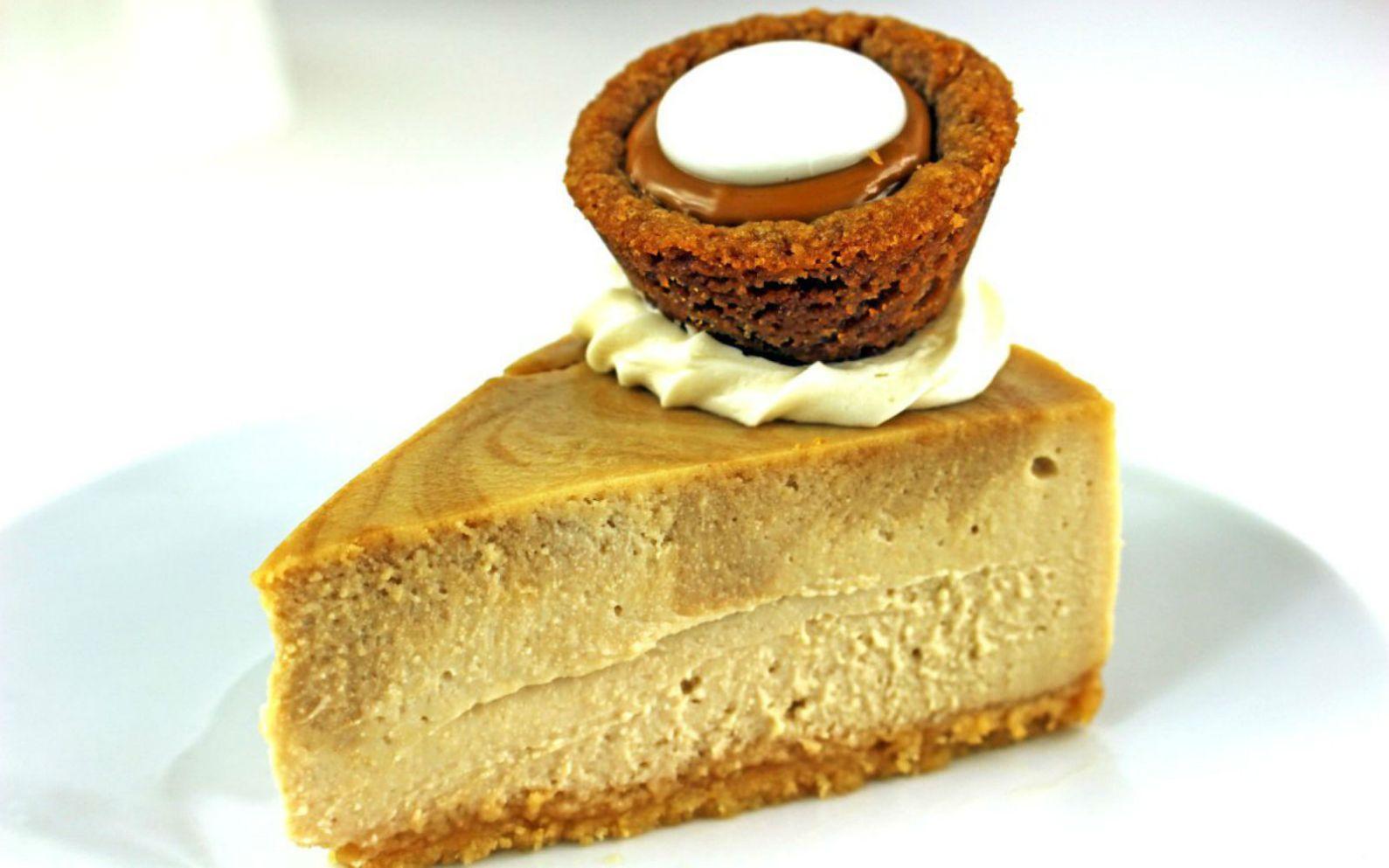 food - Olive Garden Pumpkin Cheesecake
