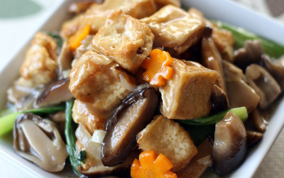 Vegan Chinese Braised Tofu and Veggie Stir Fry