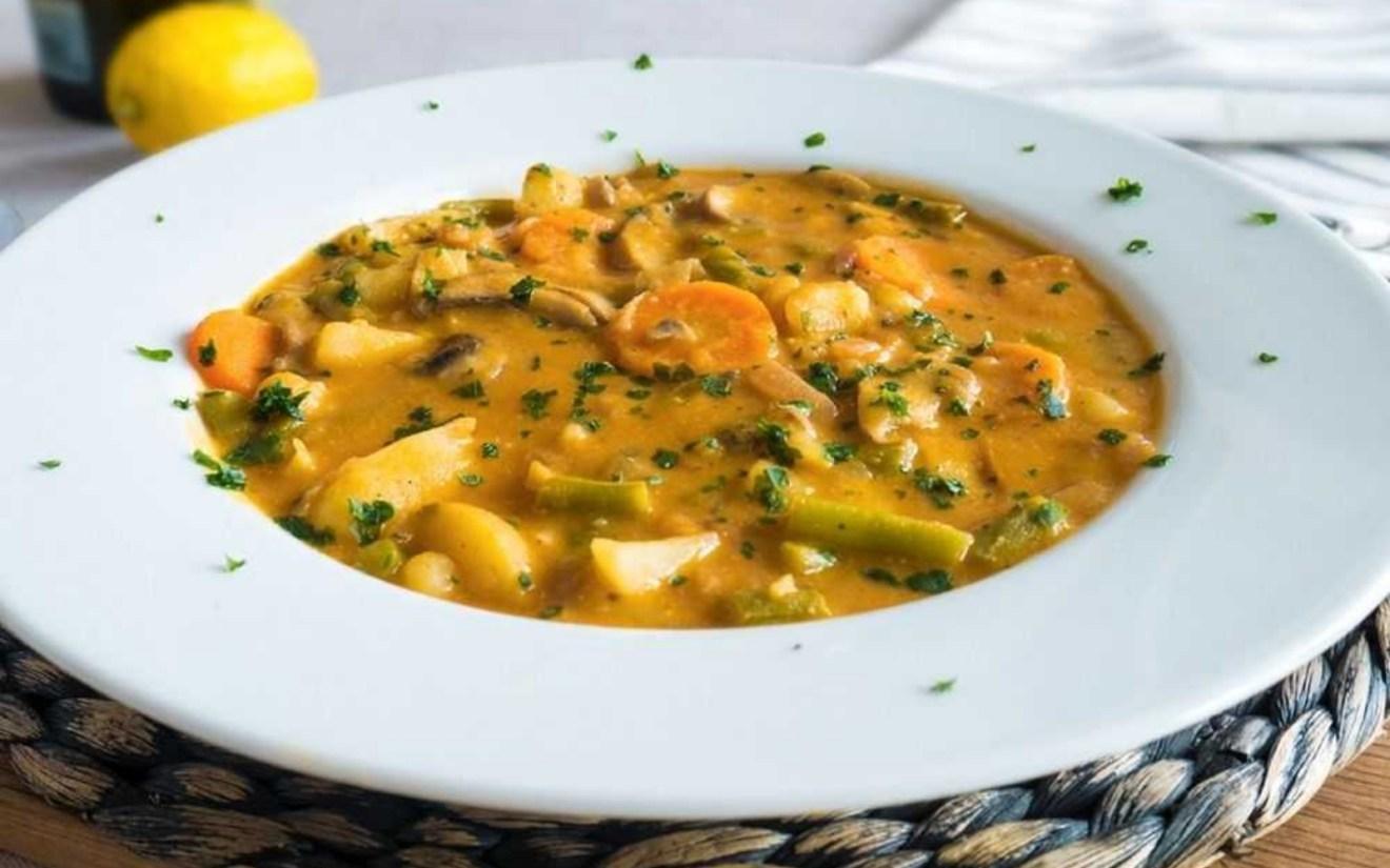 Vegan Warming Hummus Soup