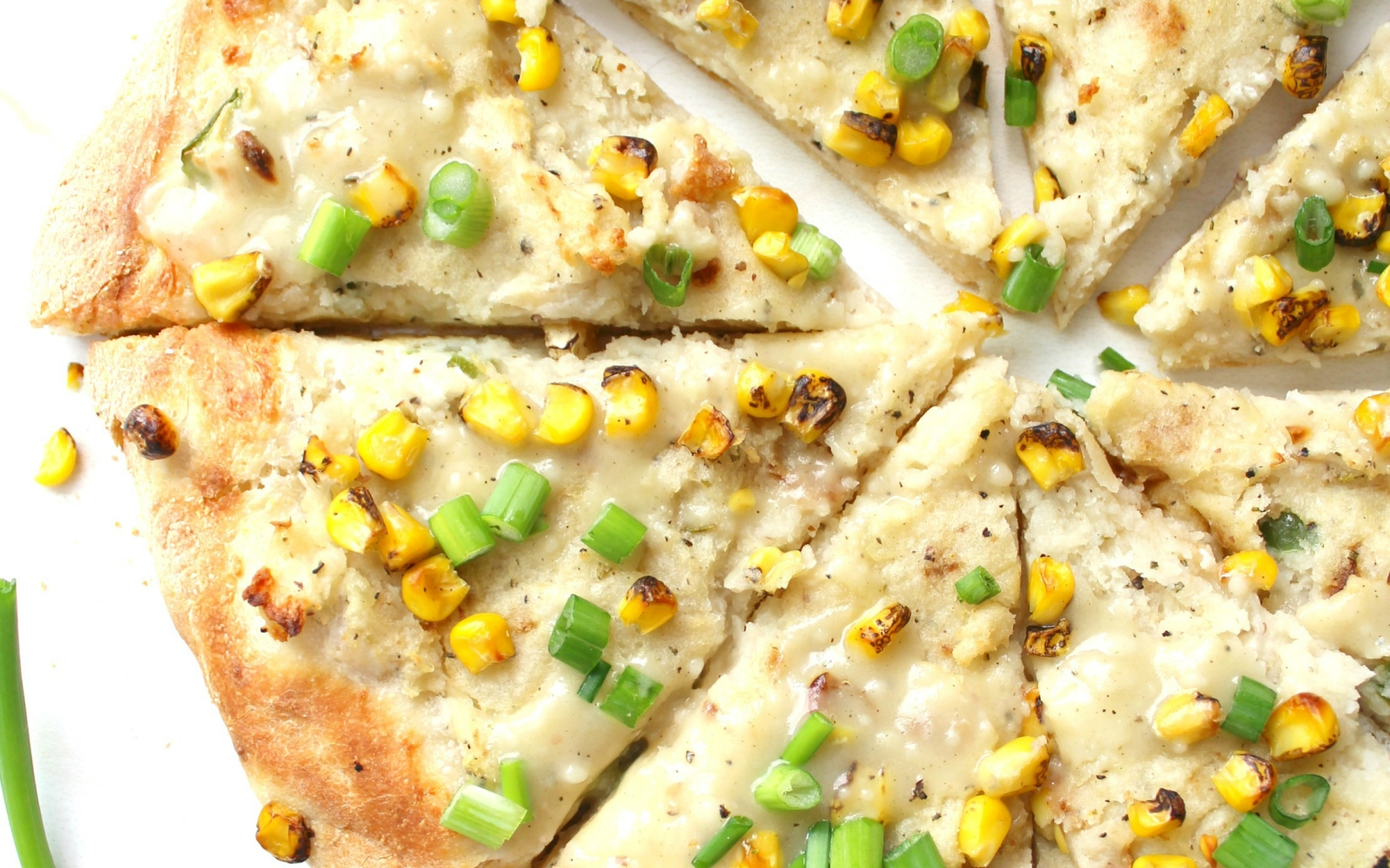 vegan Mashed Potato White Pizza