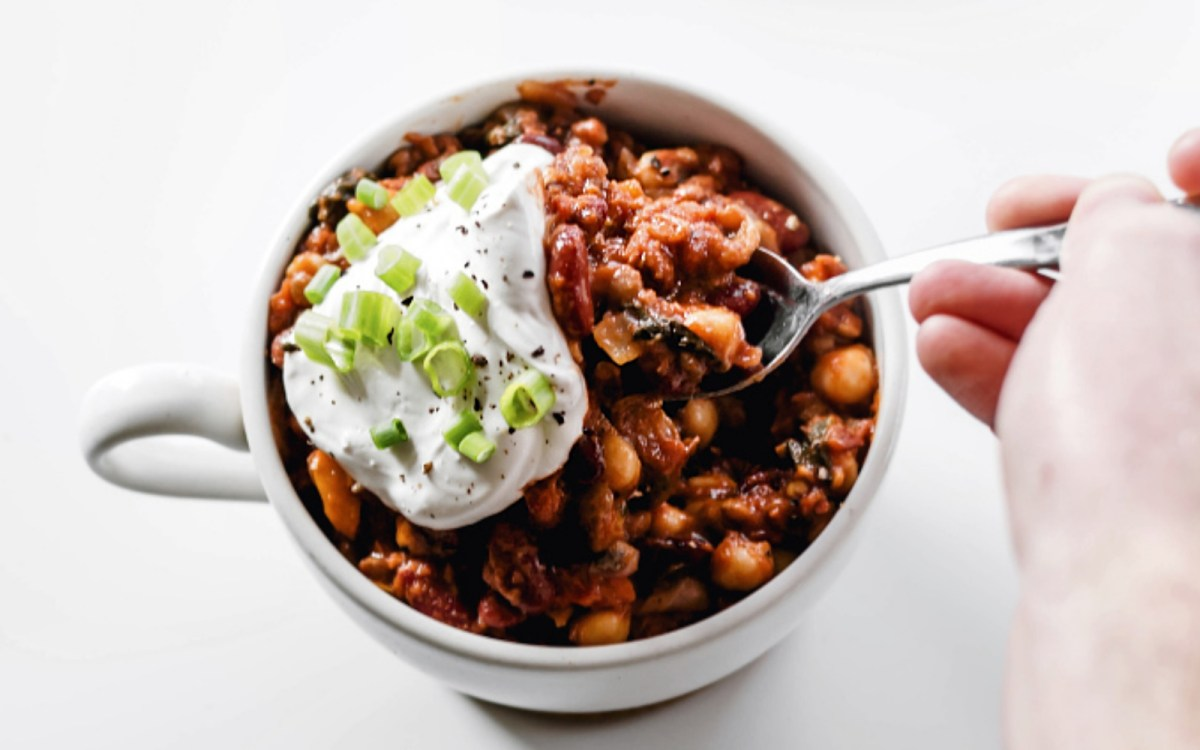 Hearty High-Protein Lentil, Kidney Bean, and Chickpea Chili