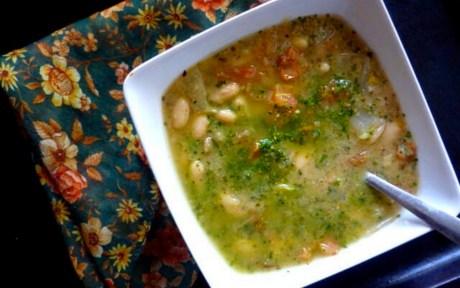 vegan creamy white bean and pesto soup