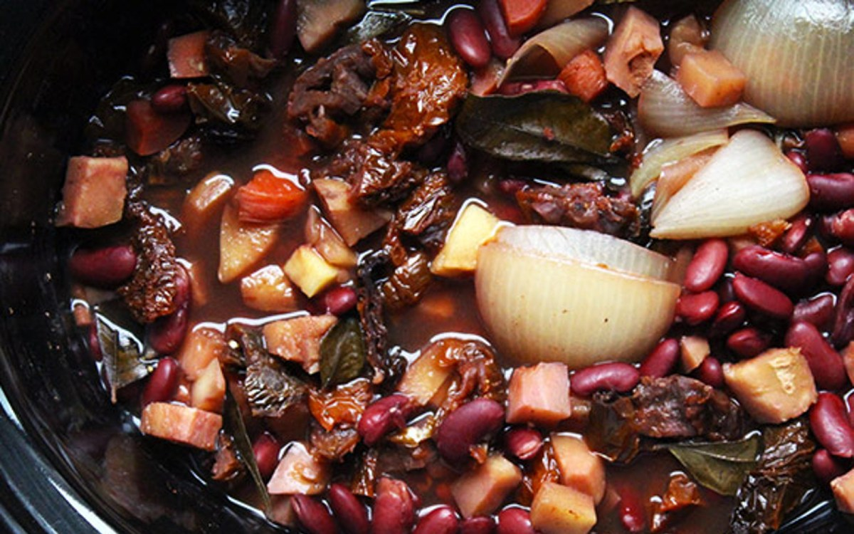 vegan Sprouted Kidney Bean Chili