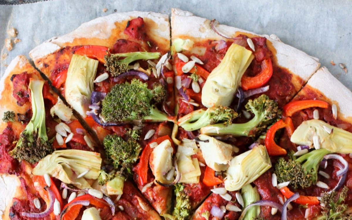 Wholesome Pizza With Broccoli and Artichoke