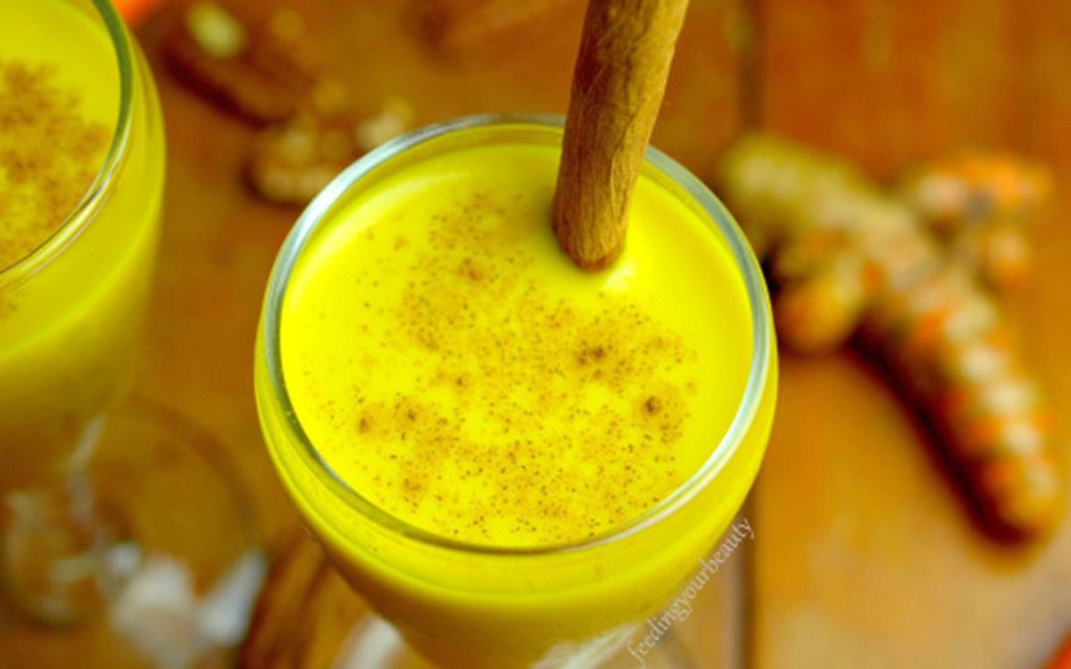 Vegan Turmeric Peppercorn Wellness Milk