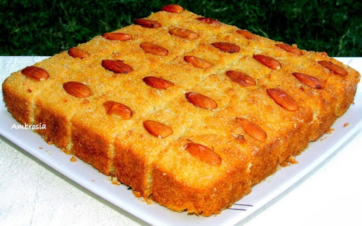 Vegan Semolina Coconut Cake