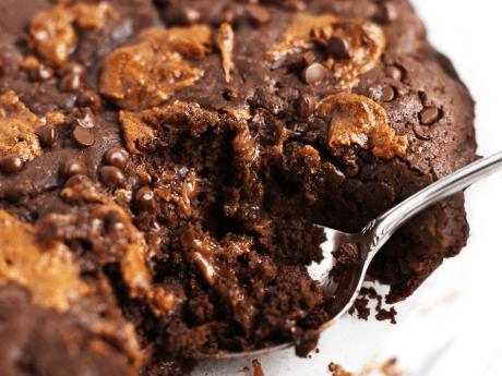 Chocolate Caramel Cookie Pie