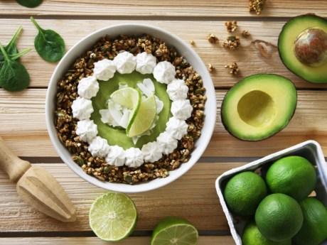 Key Lime Pie Smoothie Bowl
