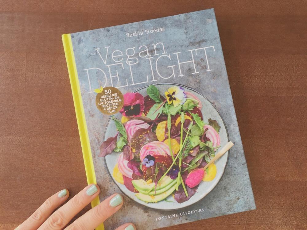 Review het boek vegan delight one hand in my pocket for Vegan boek