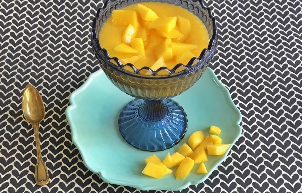 Mangopudding met gember, sinaasappel en citroengras