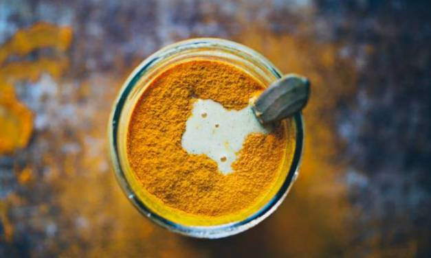 Golden Milk: drankje met Turmeric (reinigend, zuiverend… lekker!!)
