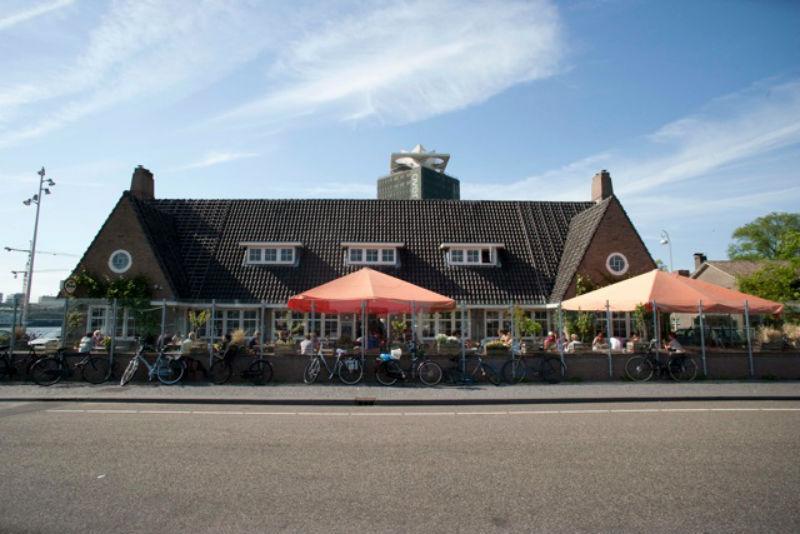 de pont - hotspots in Amsterdam Noord