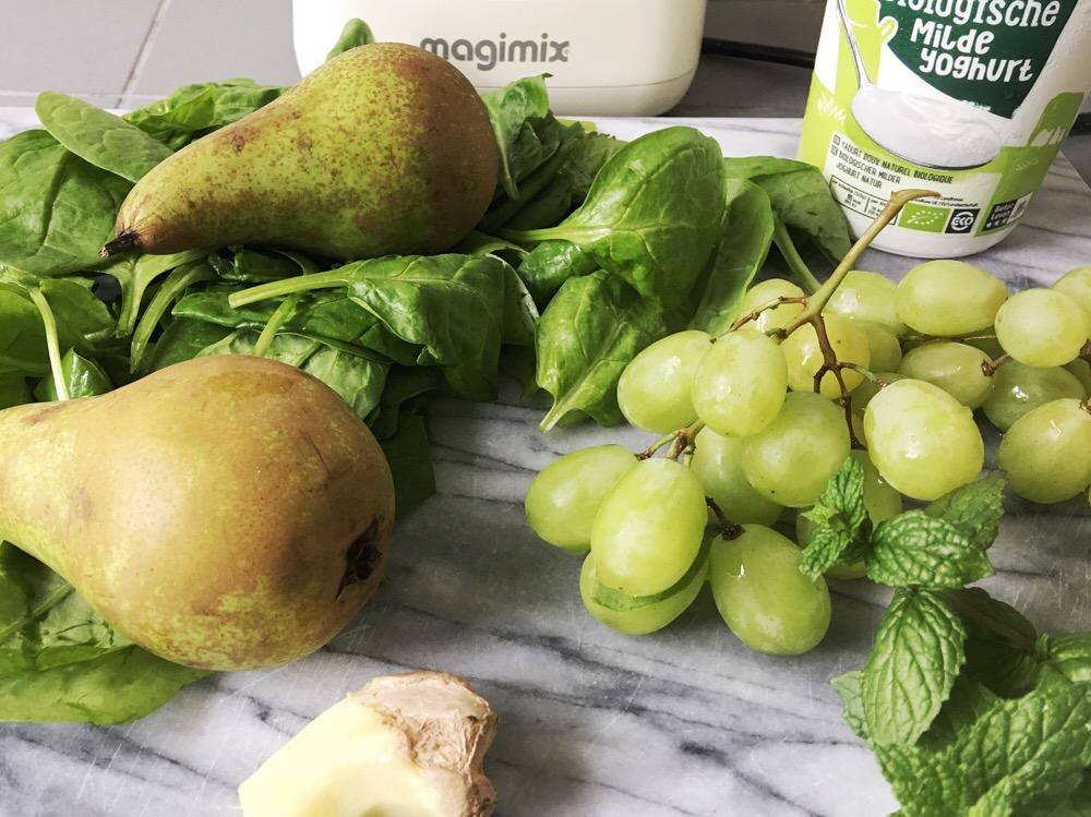 ingrediënten smoothie met peer
