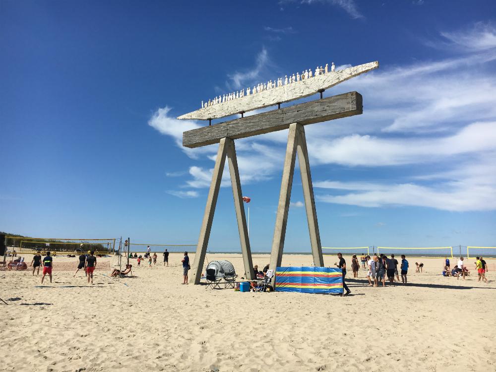 Icarus strand Zeebrugge