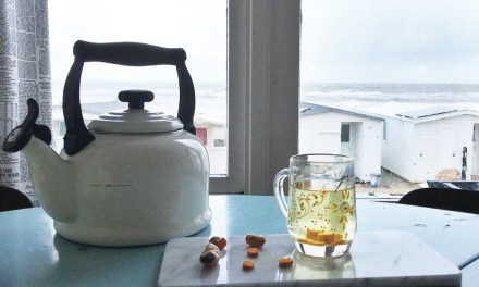 Recept: kurkuma thee (zo simpel, zo gezond)