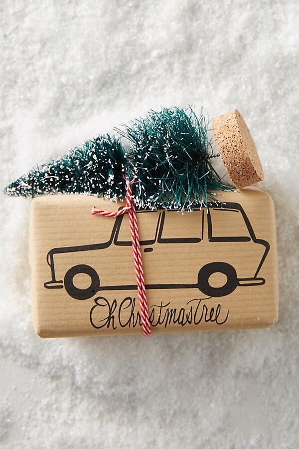 inpakken kerstcadeautjes