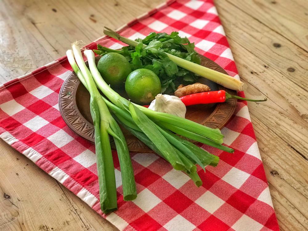 ingrediënten thaise kippensoep
