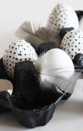 Doodle zwart wit paaseieren