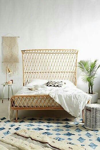 rotan bed