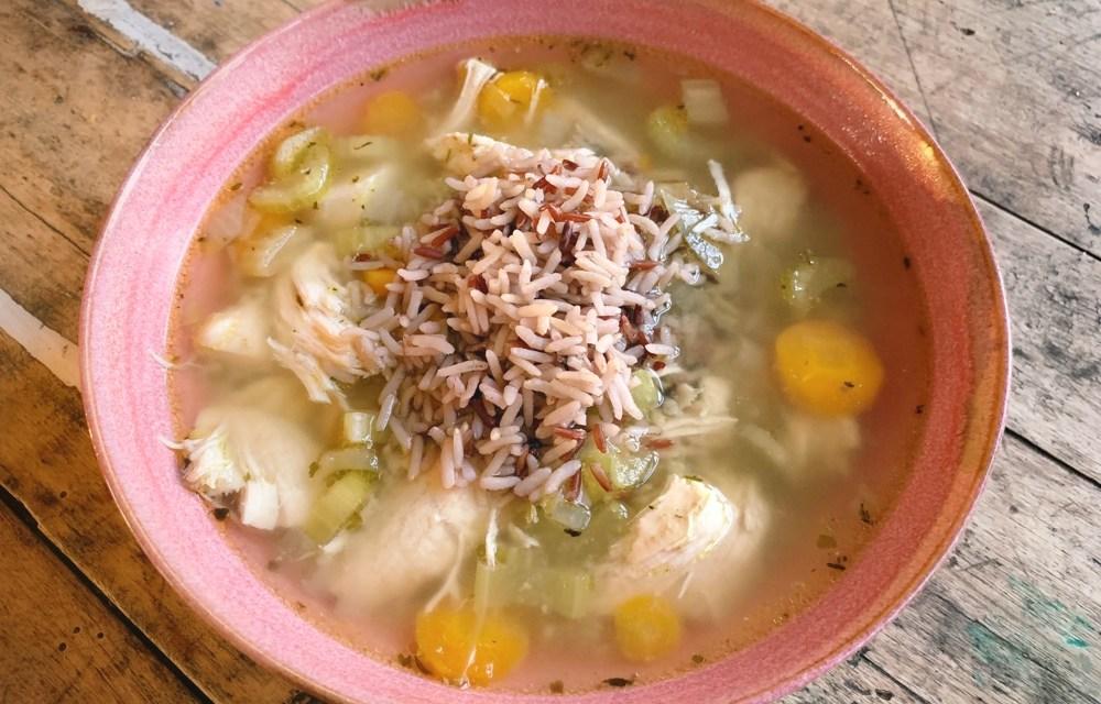 Kruidige kippensoep met rijst (slowcookerrecept)