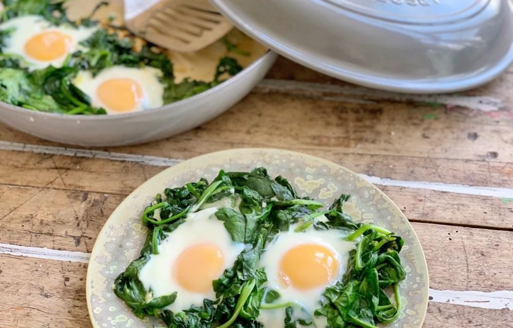 Recept | uitsmijter met spinazie (+ spinazieweetjes)