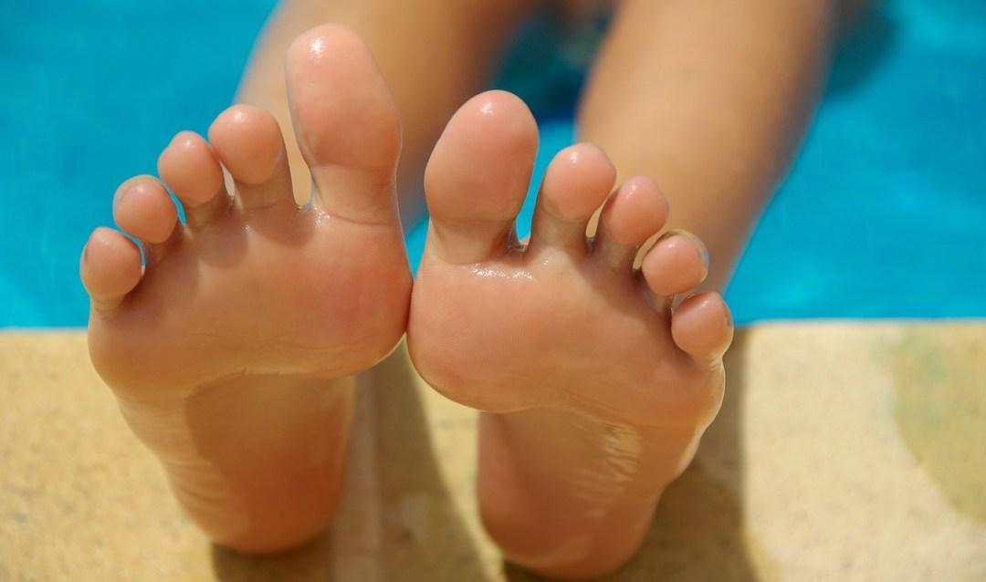 voetenbad met mondwater