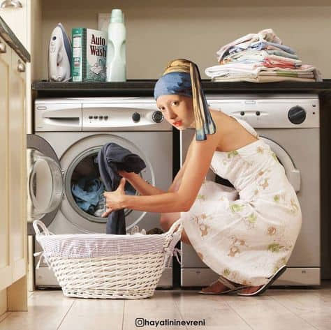 washing girl with pearl