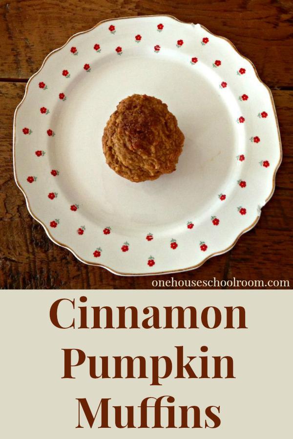 cinnamon pumpkin muffin
