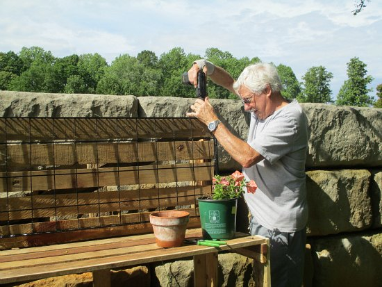 DIY wood pallet potting bench how to