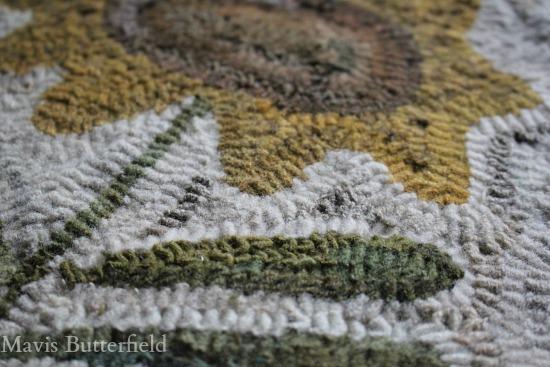 sunflower hooked rug design
