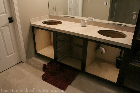 jack and jill bathroom tile