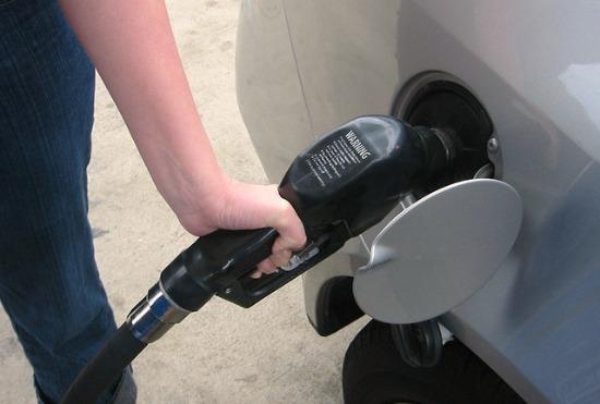 filling gas tank