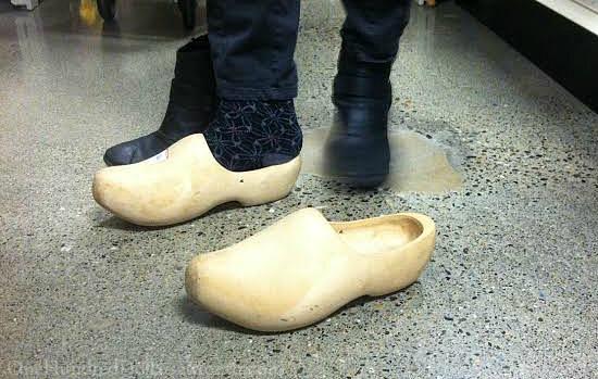wooden shoes clogs