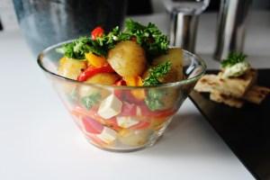 Kartoffelsalat Med Feta Og Ovnbagte Peberfrugter