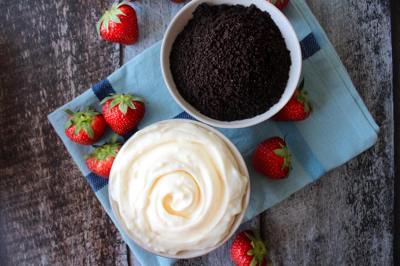 Hvid Chokolade Oreo Cheesecake Dip Til Frugt