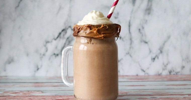 Lækker Milkshake Med Peanut Butter Og Nutella – Hjemmelavet Milkshake