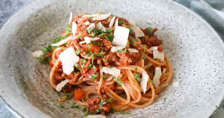 Skøn Spaghetti Bolognese Med Røget Bacon – Nem Aftensmad