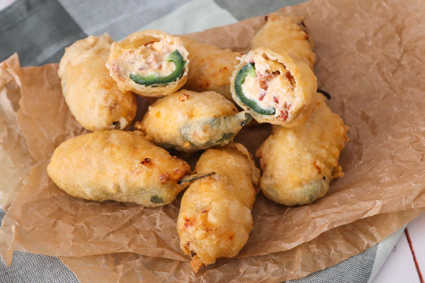 Jalapeño Poppers – Fyldte Jalapeños Med Flødeost, Cheddar Og Bacon