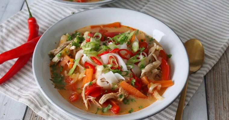 Asiatisk Inspireret Suppe Med Kylling