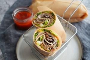 Kebabrulle Med Kebabdressing Og Chili