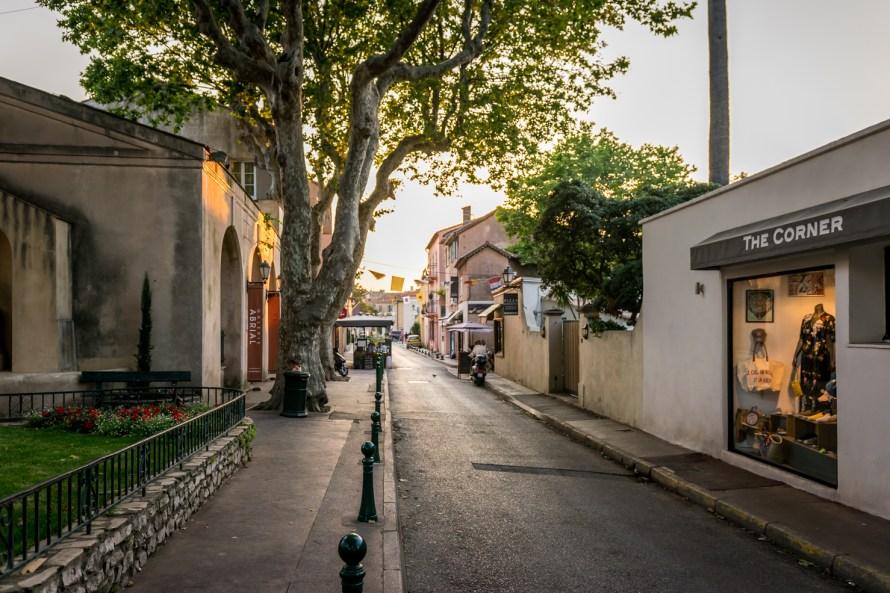 empty street with good lighting in Saint Tropez