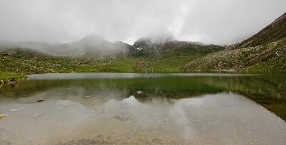 The Ice lake at nearly 4000 meter - it was cold but no ice was there