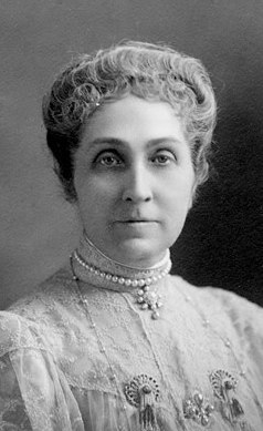Phoebe Apperson Hearst: Small Town Girl, Big Impact
