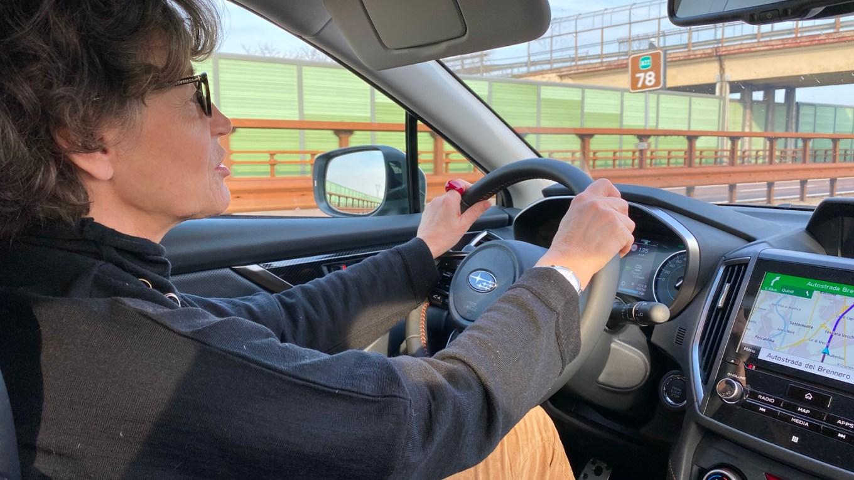 Al volante dell Subaru XV e-boxer