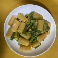 Paccheri asparagi e parmigiano