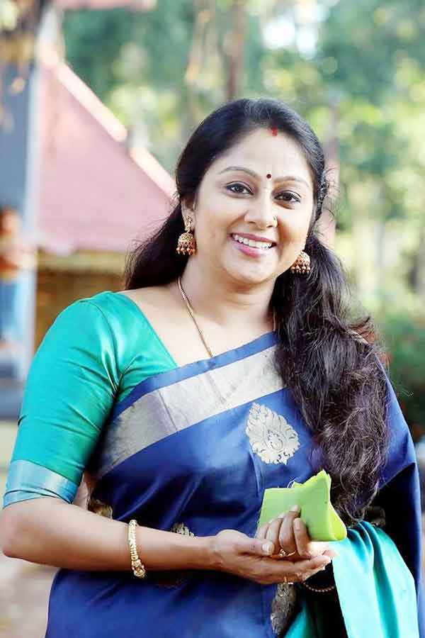 Chippy Renjith (Actress) Profile with Age, Bio, Photos and